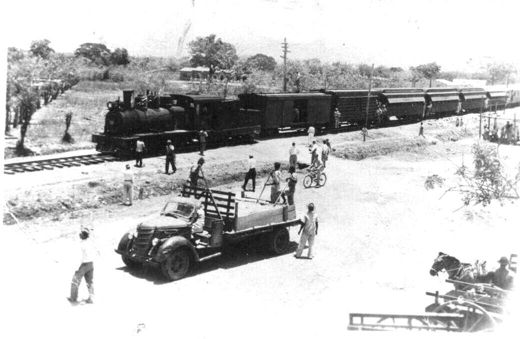 Foto del ferrocarril de en Fundacion