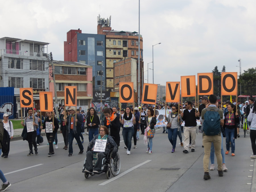 El Olvido en un acto de Memoria en Bogotá.